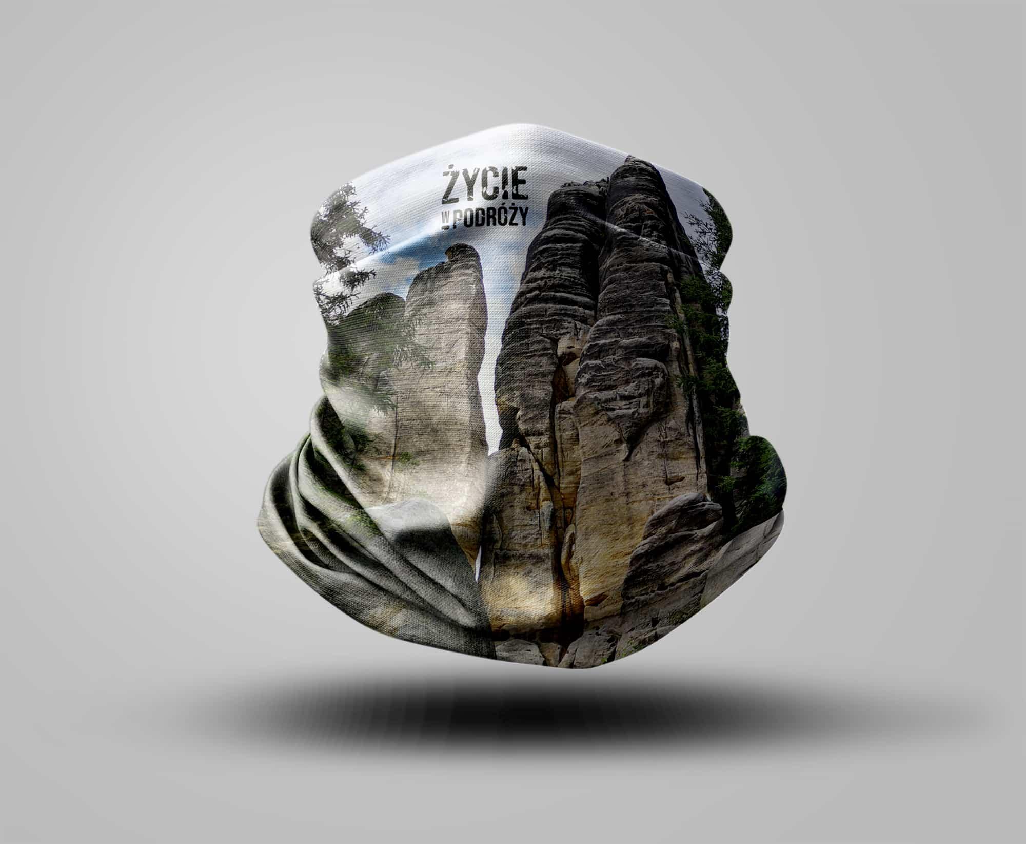 bandana chusta turystyczna komin pomysł na prezent dla podróżnika sublimacja osłona twarzy co kupić skalne miasta czechy